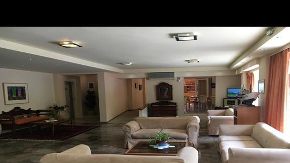 Lobby w hoteu Ionian Sea