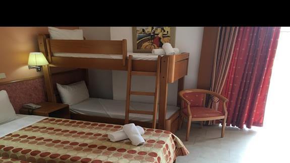 Pokój rodzinny w hotelu Cephalonia Palace