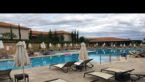 Teren hotelu Apollonion Resort & Spa
