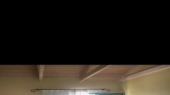 Pokój w hotelu Livadaki Village