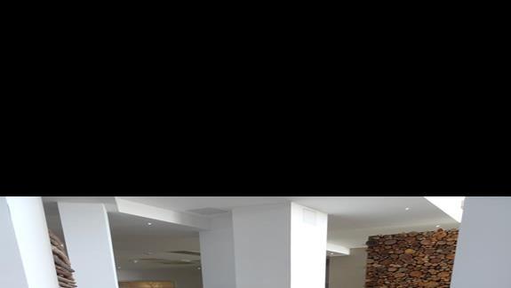 lobby w hotelu Seabank