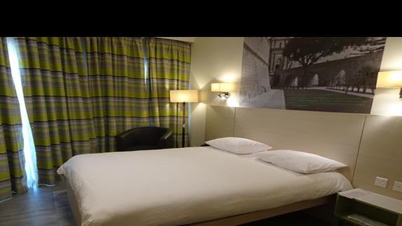 pokój standardowy w hotelu Santana