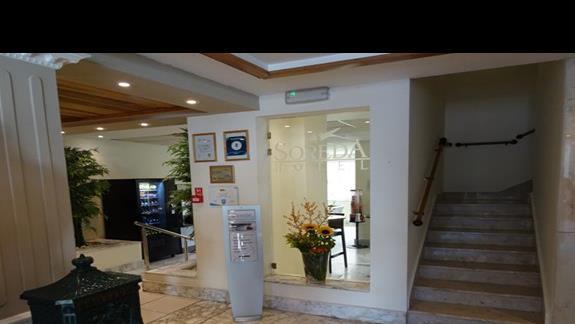 lobby w hotelu Soreda