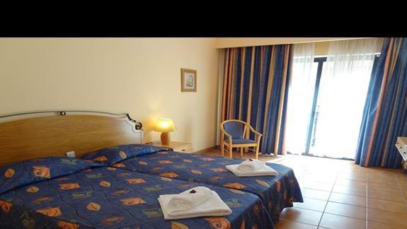 pokój standardowy w hotelu Soreda