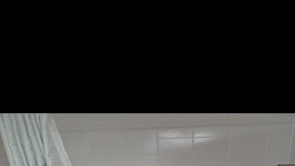łazienka w pokoju standardowym w hotelu Soreda