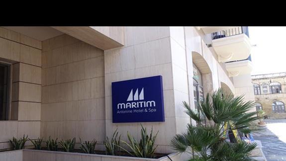 wejscie glówne do hotelu Maritim