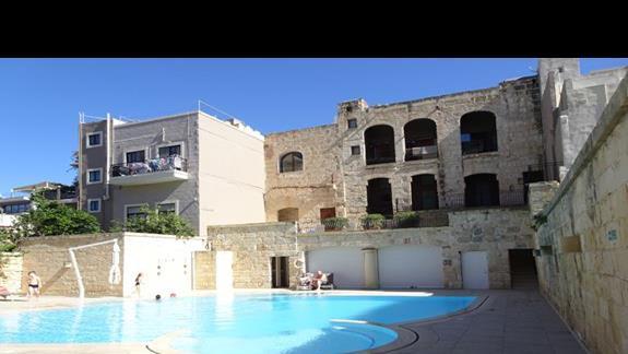 basen w hotelu Maritim