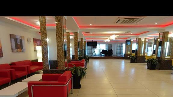 lobby w hotelu Alexandra