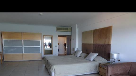 pokój rodzinny w hotelu Plaza