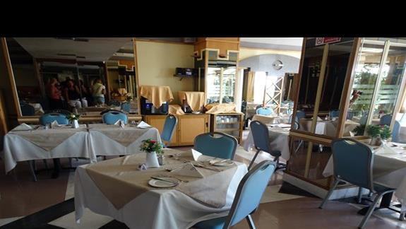 restauracja w hotelu Coral