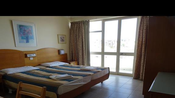pokój standardowy w hotelu Coral
