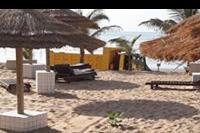 Hotel Holiday Beach Club - ciężarówka na plaży