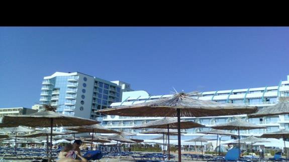 Piękna szeroka i piaszczysta plaża