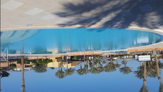 basen   w hotelu Jaz Lamaya Resort