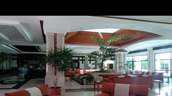 lobby w hotelu Fantazia Resort