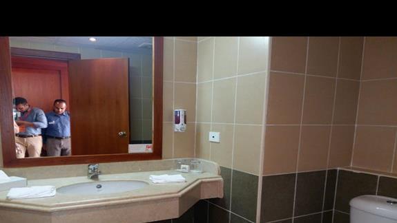 łazienka standard hotelu Fantazia Resort