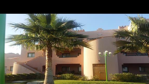 ogród hotelu Calimera Club Akassia Swiss Resort