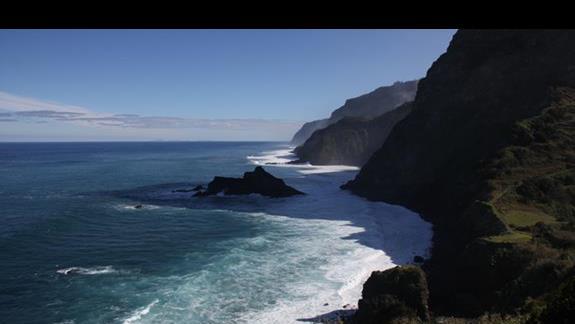 Klify w okolicy Ponta Delgada