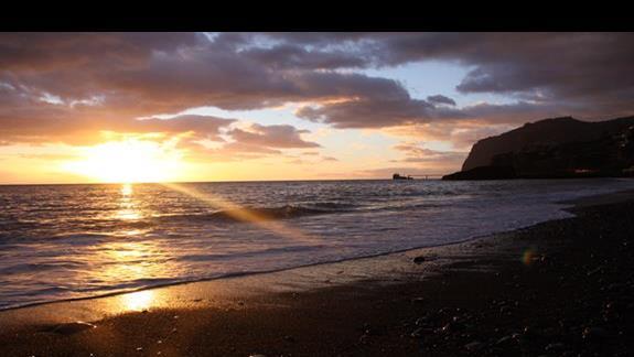 Zachód słońca praia formosa madeira