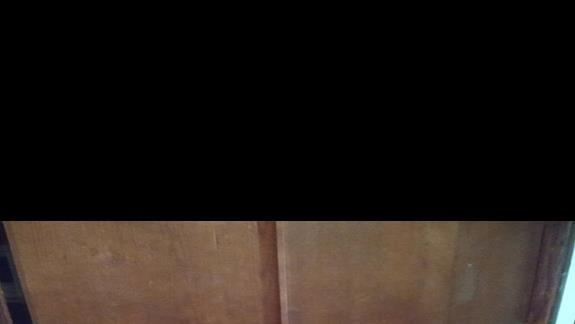 szafa w pokoju