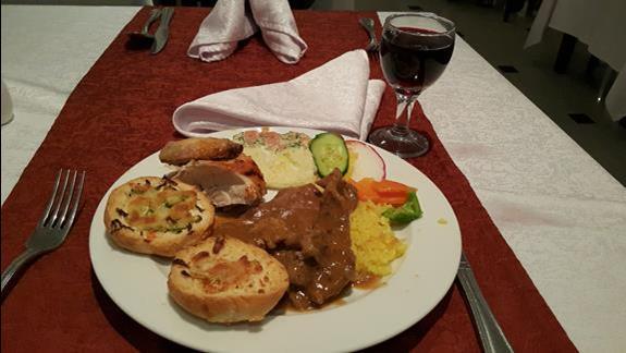Przykładowy posiłek. Dobrze przyprawione , swieże i smaczne.